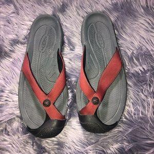 Men's Keen Red Sandal Size 9